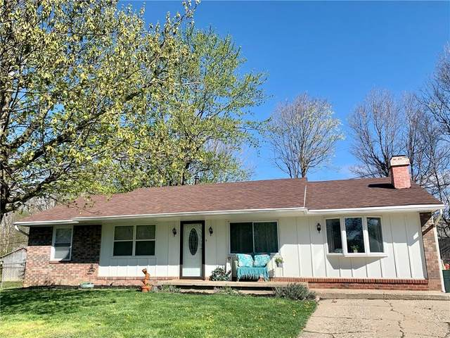 1426 Sabrina Circle, Plainfield, IN 46168 (MLS #21778333) :: Mike Price Realty Team - RE/MAX Centerstone