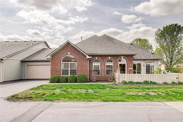 2811 Grandview Lane, Greenwood, IN 46143 (MLS #21778375) :: The Indy Property Source