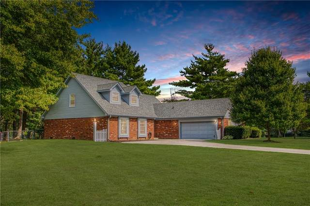 231 Summit Ridge Drive, Greenwood, IN 46142 (MLS #21778548) :: The Indy Property Source