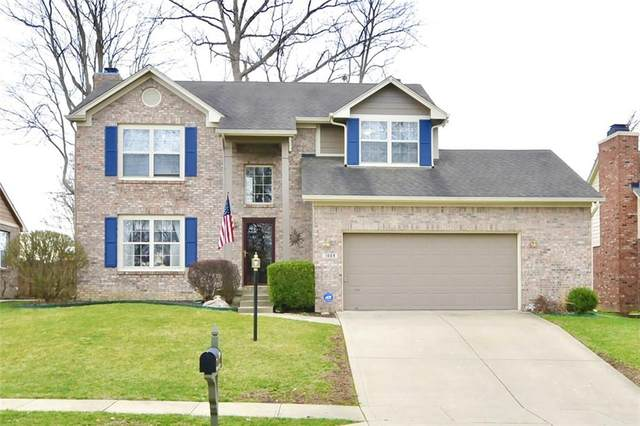 1009 Stave Oak Drive, Beech Grove, IN 46107 (MLS #21778570) :: The Indy Property Source