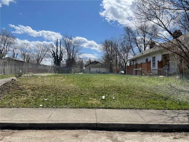 2641 E 18th Street, Indianapolis, IN 46218 (MLS #21778717) :: The Indy Property Source