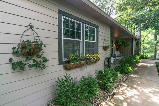 32 Freeman Ridge Road, Nashville, IN 47448 (MLS #21778719) :: The Indy Property Source