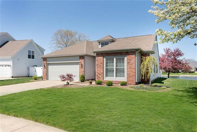 7888 Cobblesprings Drive, Avon, IN 46123 (MLS #21778900) :: David Brenton's Team