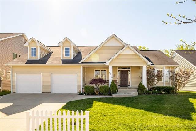 5560 Treeline Drive, Columbus, IN 47201 (MLS #21778909) :: Anthony Robinson & AMR Real Estate Group LLC