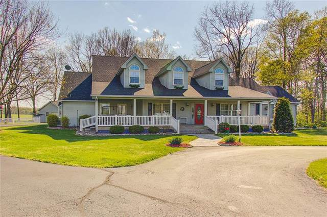 2909 Boggstown Road, Shelbyville, IN 46176 (MLS #21779115) :: The Evelo Team