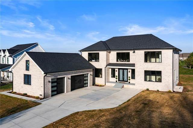 434 Foxboro Drive, Avon, IN 46123 (MLS #21779448) :: Richwine Elite Group