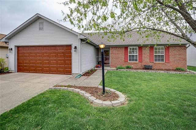 8043 Southern Trails Place, Indianapolis, IN 46237 (MLS #21779456) :: David Brenton's Team