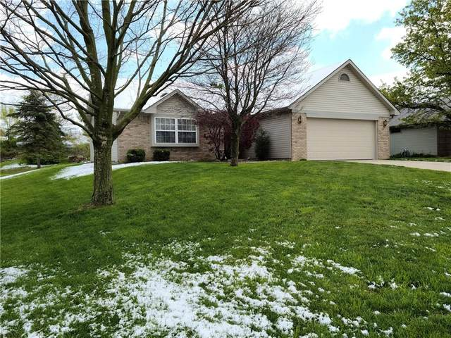 607 Sugar Maple Lane, Mooresville, IN 46158 (MLS #21779618) :: Mike Price Realty Team - RE/MAX Centerstone