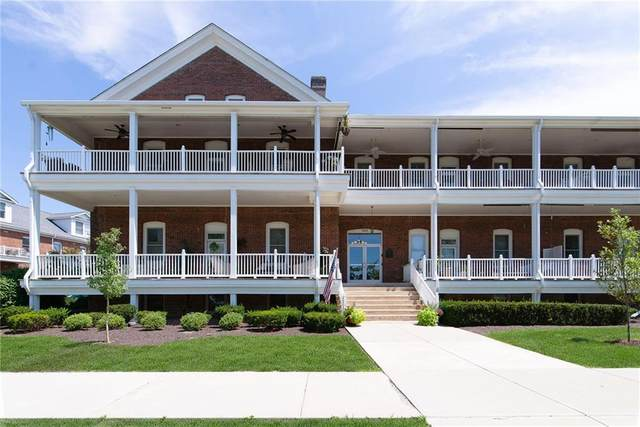 5803 E Lawton Loop Drive #7, Indianapolis, IN 46216 (MLS #21780628) :: Richwine Elite Group