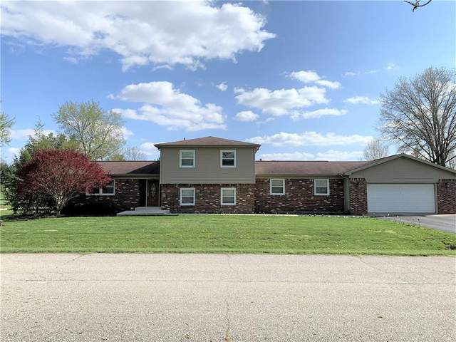 3121 W Tam O Shanter Drive, Crawfordsville, IN 47933 (MLS #21780811) :: David Brenton's Team