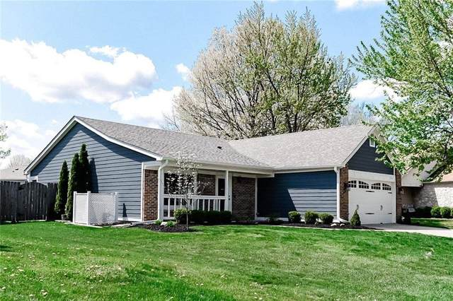 7739 Wind Run Circle, Indianapolis, IN 46256 (MLS #21781063) :: The Evelo Team