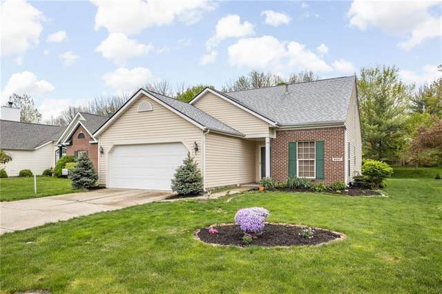 6257 Saddletree Drive, Zionsville, IN 46077 (MLS #21781477) :: RE/MAX Legacy