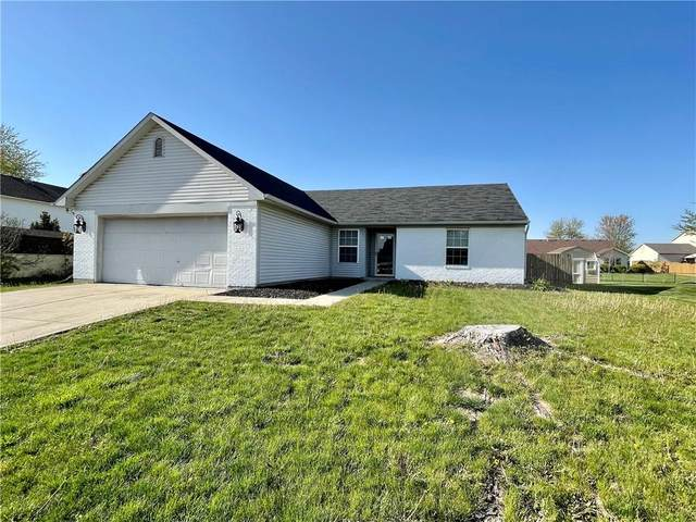 8284 Shattuck Drive, Avon, IN 46123 (MLS #21781529) :: The Indy Property Source