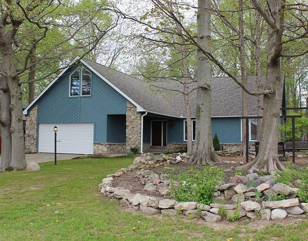 850 W 136th Street, Carmel, IN 46032 (MLS #21781575) :: Mike Price Realty Team - RE/MAX Centerstone