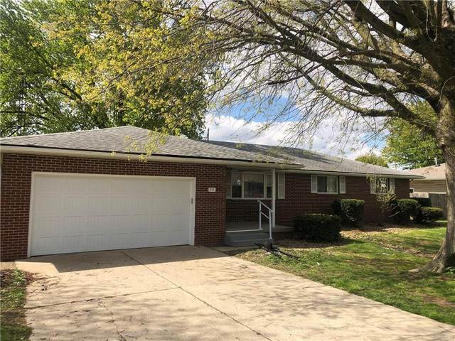 911 W 10th Street, Greensburg, IN 47240 (MLS #21781623) :: The ORR Home Selling Team