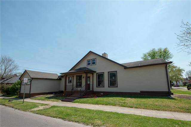 647 Hutchins Ave, Columbus, IN 47201 (MLS #21781634) :: The Evelo Team
