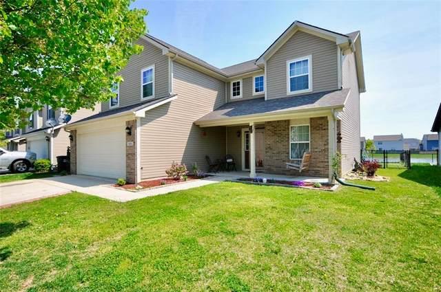 2321 Cedarmill Drive, Franklin, IN 46131 (MLS #21782158) :: AR/haus Group Realty