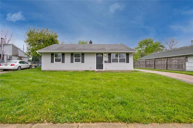 9920 Catalina Drive, Indianapolis, IN 46235 (MLS #21782873) :: RE/MAX Legacy
