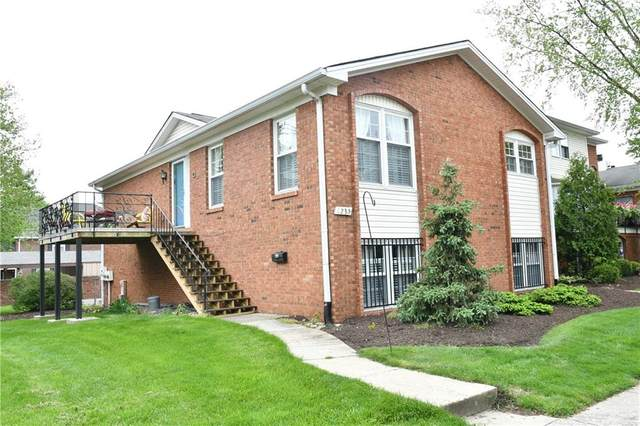 1235 Kings Cove Court, Indianapolis, IN 46260 (MLS #21782942) :: Heard Real Estate Team | eXp Realty, LLC