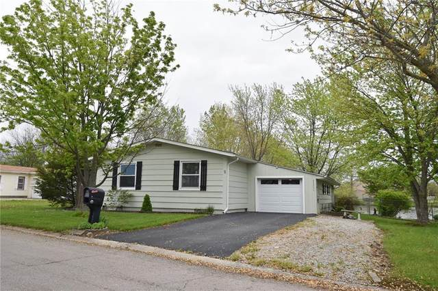 9 Fountain Lake Drive, Greenfield, IN 46140 (MLS #21783599) :: Richwine Elite Group