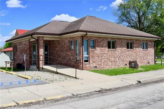 101 N Cross Street, Waveland, IN 47989 (MLS #21783622) :: The ORR Home Selling Team