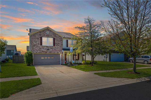2426 Autumn Road, Indianapolis, IN 46229 (MLS #21783624) :: Anthony Robinson & AMR Real Estate Group LLC