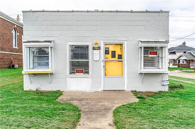 2834 Shelby Street, Indianapolis, IN 46203 (MLS #21783771) :: The Evelo Team