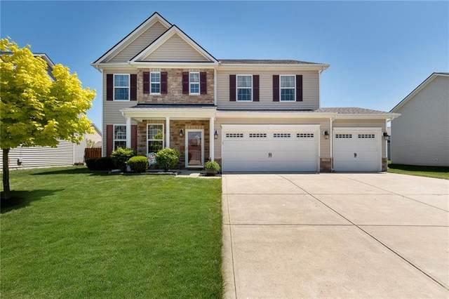 7737 Chestnut Eagle Court, Zionsville, IN 46077 (MLS #21783772) :: Heard Real Estate Team | eXp Realty, LLC