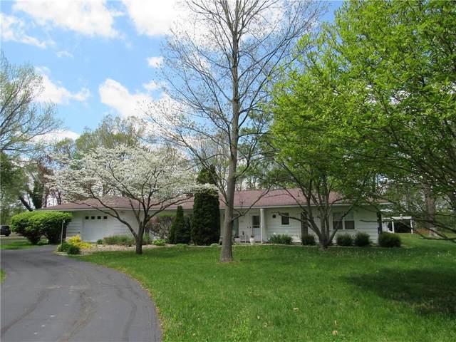 2318 W Rock River Ridge Road, Crawfordsville, IN 47933 (MLS #21784238) :: The ORR Home Selling Team