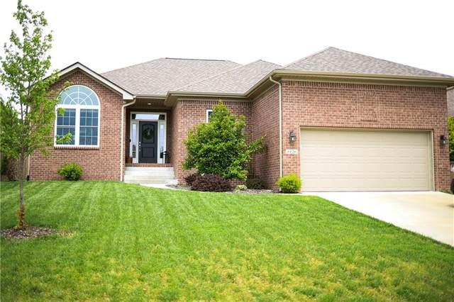 6126 Regency Drive, Columbus, IN 47203 (MLS #21784284) :: Keller & Corbett Real Estate