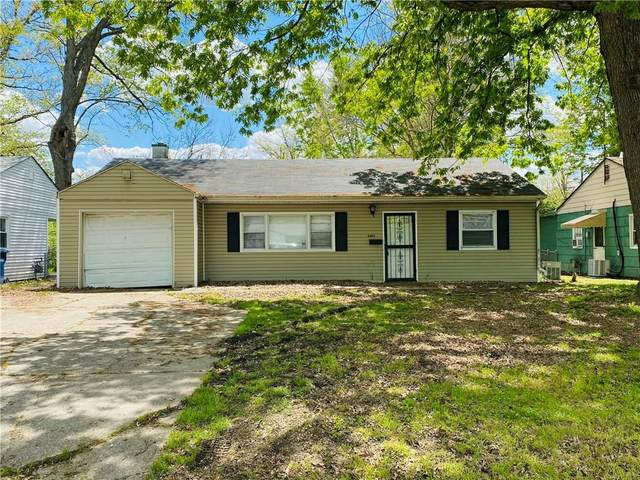 6243 Raleigh Drive, Indianapolis, IN 46219 (MLS #21784567) :: Mike Price Realty Team - RE/MAX Centerstone