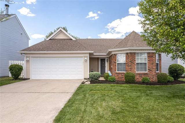 10860 Washington Bay Drive, Fishers, IN 46037 (MLS #21784589) :: Ferris Property Group