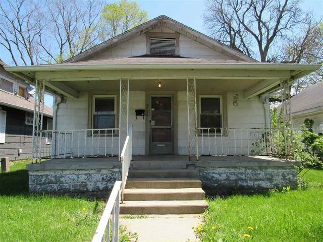 2706 Central Avenue, Anderson, IN 46016 (MLS #21784678) :: Richwine Elite Group