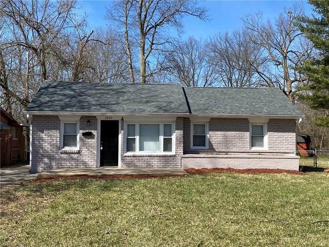3920 N Hawthorne Lane, Indianapolis, IN 46226 (MLS #21784705) :: Heard Real Estate Team | eXp Realty, LLC
