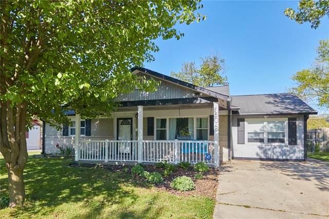606 Carol Drive, Greenwood, IN 46143 (MLS #21784720) :: Heard Real Estate Team | eXp Realty, LLC