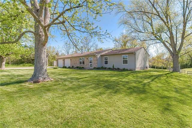 1085 S County Road 450, Avon, IN 46123 (MLS #21784768) :: Heard Real Estate Team | eXp Realty, LLC