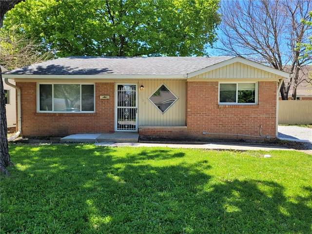 4138 Flamingo W Dr, Indianapolis, IN 46226 (MLS #21784897) :: David Brenton's Team