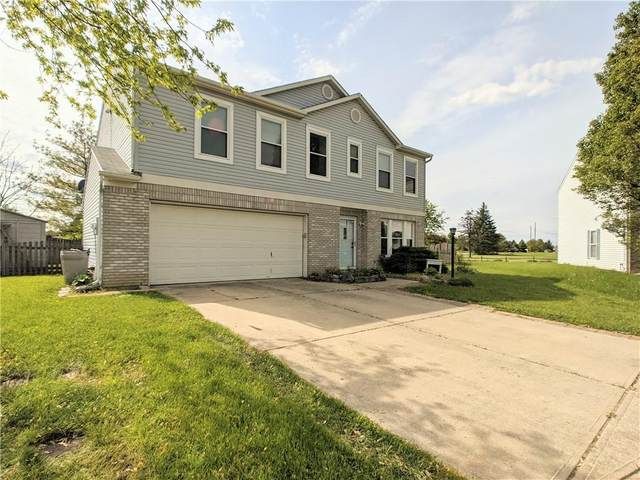 11710 E Still Haven Court, Indianapolis, IN 46229 (MLS #21784915) :: Mike Price Realty Team - RE/MAX Centerstone