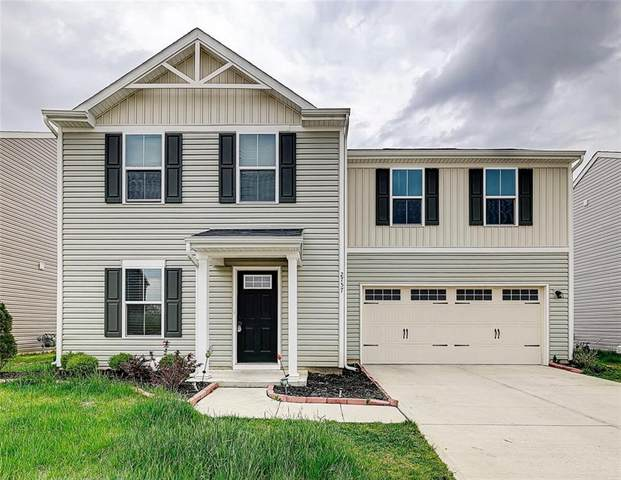 2757 Pointe Club Road, Indianapolis, IN 46229 (MLS #21784992) :: RE/MAX Legacy
