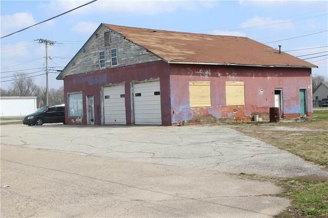 709 S Morton Avenue, Martinsville, IN 46151 (MLS #21785218) :: Richwine Elite Group