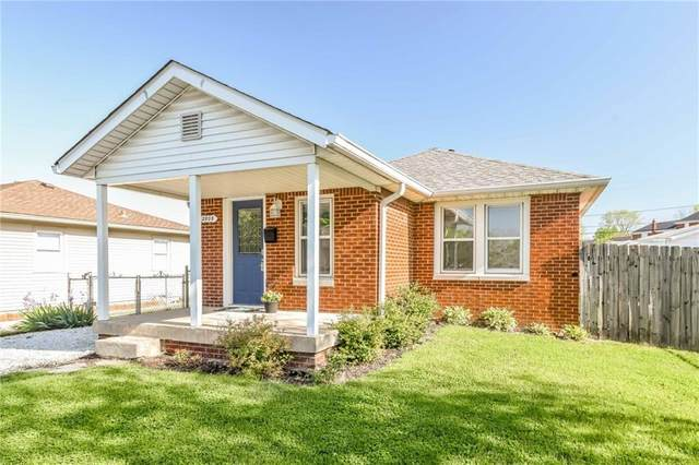 2808 Walker Avenue, Indianapolis, IN 46203 (MLS #21785222) :: The ORR Home Selling Team