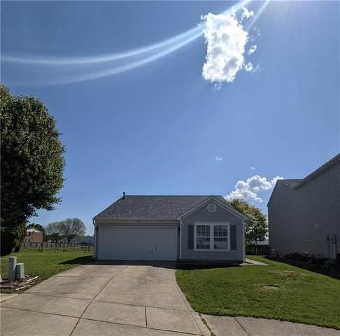 1157 Kenwood Drive, Greenwood, IN 46143 (MLS #21785386) :: Heard Real Estate Team   eXp Realty, LLC