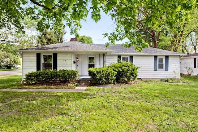 1226 E 54TH Street, Indianapolis, IN 46220 (MLS #21785537) :: Richwine Elite Group