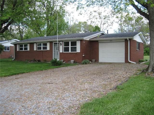 606 Penn Drive, Crawfordsville, IN 47933 (MLS #21785585) :: Ferris Property Group