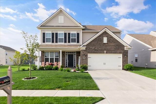 10423 Deercrest Lane, Indianapolis, IN 46239 (MLS #21785988) :: Mike Price Realty Team - RE/MAX Centerstone
