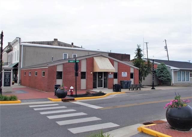 257 E Main Street, North Vernon, IN 47265 (MLS #21786246) :: Pennington Realty Team