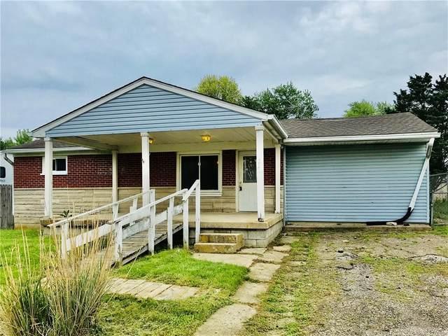 6221 Vigo Drive, Clayton, IN 46118 (MLS #21786263) :: Anthony Robinson & AMR Real Estate Group LLC