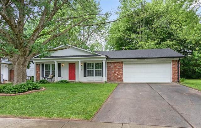 8440 Charter Oak Drive, Indianapolis, IN 46260 (MLS #21786573) :: RE/MAX Legacy
