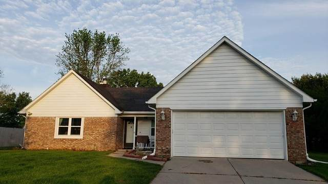 7726 Geist Estates Drive, Lawrence, IN 46236 (MLS #21786802) :: RE/MAX Legacy