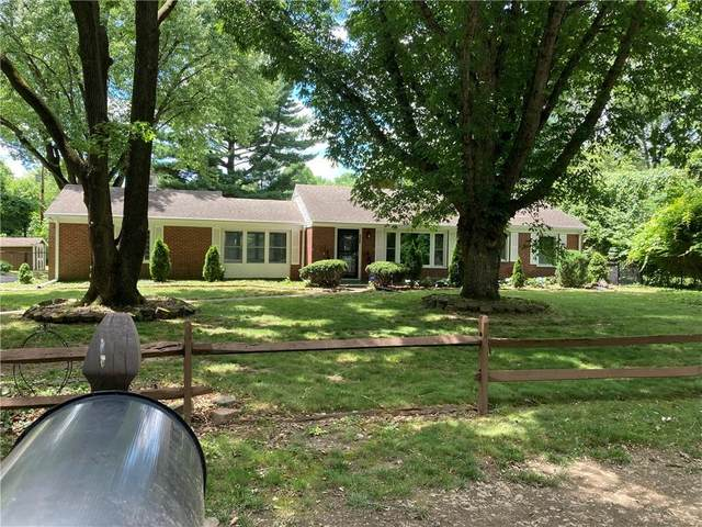 6388 Forest View Drive, Indianapolis, IN 46260 (MLS #21786816) :: The Evelo Team